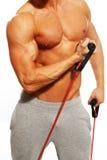 Uomo che fa esercizio di forma fisica Fotografie Stock Libere da Diritti