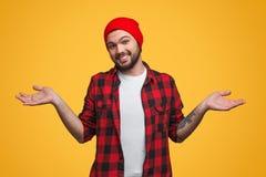 Uomo che fa gesto incerto Fotografie Stock Libere da Diritti