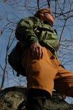 Uomo che fa un'escursione A Immagini Stock Libere da Diritti