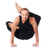 Uomo che fa yoga Immagine Stock Libera da Diritti