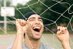 Uomo che gioca con la rete - orizzontale Fotografia Stock Libera da Diritti
