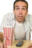 Uomo che guarda buon film Immagini Stock Libere da Diritti