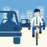 Uomo che guida una bici Immagine Stock Libera da Diritti