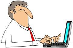 Uomo che per mezzo di un computer portatile Immagine Stock Libera da Diritti