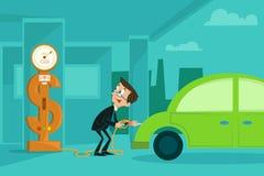 Uomo che rifornisce automobile di combustibile dalla pompa del dollaro Immagini Stock Libere da Diritti