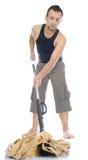 Uomo che si leva in piedi con la mano sull'anca Fotografie Stock