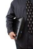 Uomo che tiene un computer portatile Immagini Stock Libere da Diritti