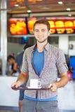 Uomo con caffè Fotografia Stock