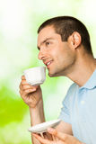 Uomo con caffè Fotografia Stock Libera da Diritti