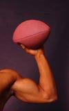 Uomo con gioco del calcio Fotografia Stock