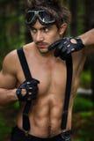 Uomo con gli occhiali di protezione ed i guanti del motociclo Fotografia Stock Libera da Diritti