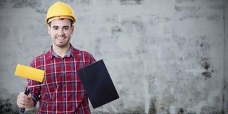 Uomo con gli strumenti da dipingere Fotografie Stock