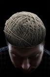 Uomo con i fili nel suo testa Immagine Stock Libera da Diritti