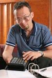 Uomo con il calcolatore Immagine Stock