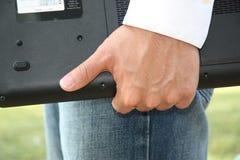 Uomo con il calcolatore Fotografia Stock Libera da Diritti
