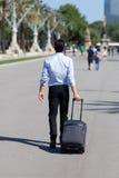 Uomo con il carrello Fotografie Stock