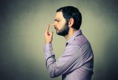Uomo con il grande naso Fotografia Stock Libera da Diritti