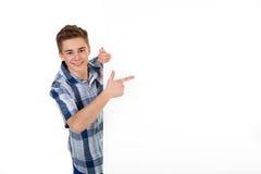Uomo con la scheda bianca Fotografie Stock Libere da Diritti