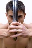 Uomo con la spada fotografia stock libera da diritti