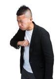 Uomo con la tosse fotografie stock libere da diritti