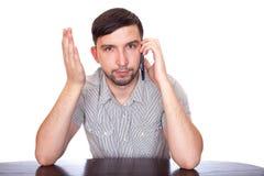 Uomo con lo smartphone Fotografie Stock