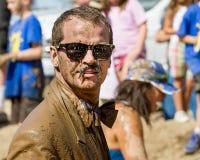 Uomo con lo stash fangoso Fotografia Stock