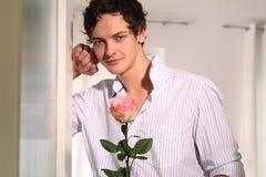 Uomo con Rosa Fotografia Stock Libera da Diritti