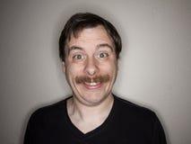 Uomo con un ampio sorriso Fotografia Stock