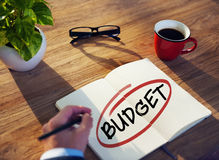 Uomo d'affari Brainstorming About Budget Fotografia Stock Libera da Diritti