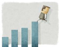 Uomo d'affari che cade dal grafico Immagini Stock