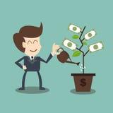 Uomo d'affari che innaffia un albero dei soldi Fotografie Stock Libere da Diritti