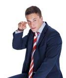 Uomo d'affari che poiting due barrette Fotografie Stock
