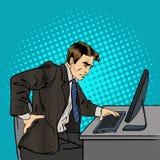 Uomo d'affari che soffre dal mal di schiena Uomo d'affari sul lavoro Immagini Stock Libere da Diritti