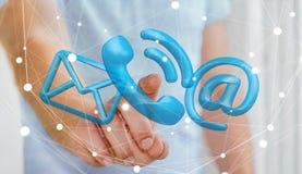 Uomo d'affari che tocca l'icona del contatto della rappresentazione 3D con il suo dito Fotografie Stock Libere da Diritti