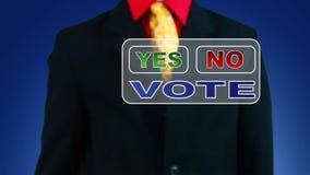 Uomo d'affari che vota sì stock footage