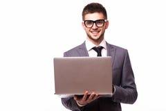 Uomo d'affari con il computer portatile isolato sopra fondo bianco Fotografia Stock Libera da Diritti