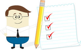 Uomo d'affari con la lista di controllo e della matita Fotografia Stock Libera da Diritti