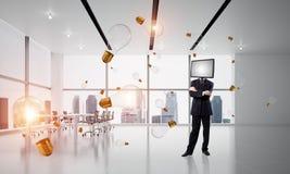 Uomo d'affari con la TV invece della testa Immagini Stock Libere da Diritti