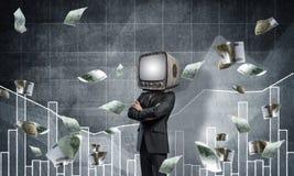 Uomo d'affari con la vecchia TV invece della testa Fotografia Stock