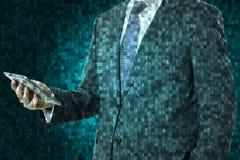 Uomo d'affari con lo smartphone fotografie stock libere da diritti