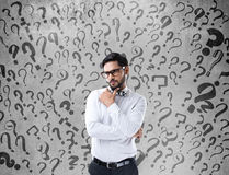 Uomo d'affari confuso premuroso Immagini Stock Libere da Diritti