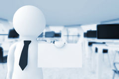 uomo d'affari 3d in ufficio che mostra un biglietto da visita in bianco rende 3D Fotografie Stock Libere da Diritti