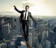 Uomo d'affari di Equilibrist Immagini Stock