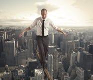 Uomo d'affari di Equilibrist Fotografia Stock Libera da Diritti