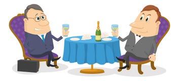 Uomo d'affari due vicino alla tavola, isolata Immagini Stock Libere da Diritti
