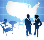 Uomo d'affari e donna di affari sugli Stati Uniti Fotografia Stock Libera da Diritti
