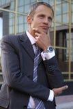 Uomo d'affari esterno Immagine Stock