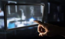 Uomo d'affari facendo uso della rappresentazione digitale della compressa 3D degli schermi Immagini Stock Libere da Diritti