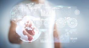 Uomo d'affari facendo uso dello schermo dell'ologramma con il renderin di dati digitali 3D Immagine Stock Libera da Diritti