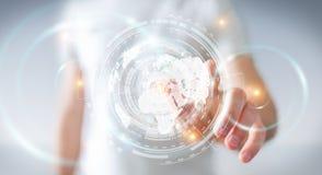 Uomo d'affari facendo uso dello schermo dell'ologramma con il renderin di dati digitali 3D Immagini Stock Libere da Diritti